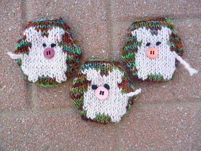 Hexipuffs or Piggypuffs? Throw in a few for my puff blanket!