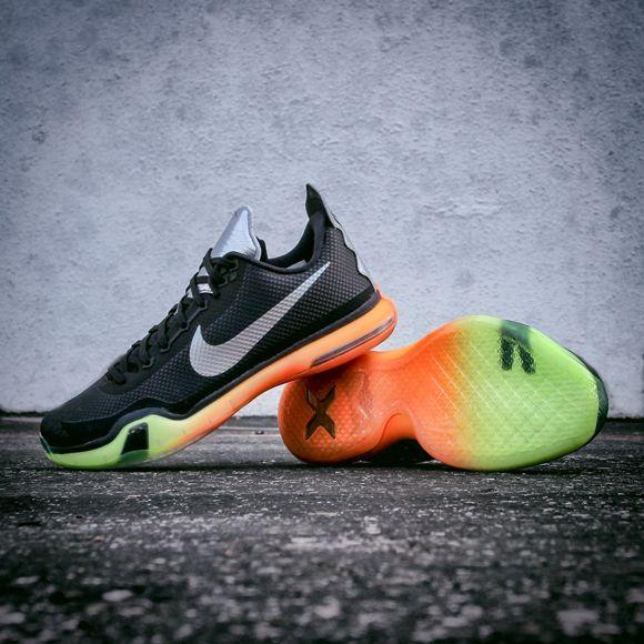 detailed look 8964d 3be48 Nike Kobe X