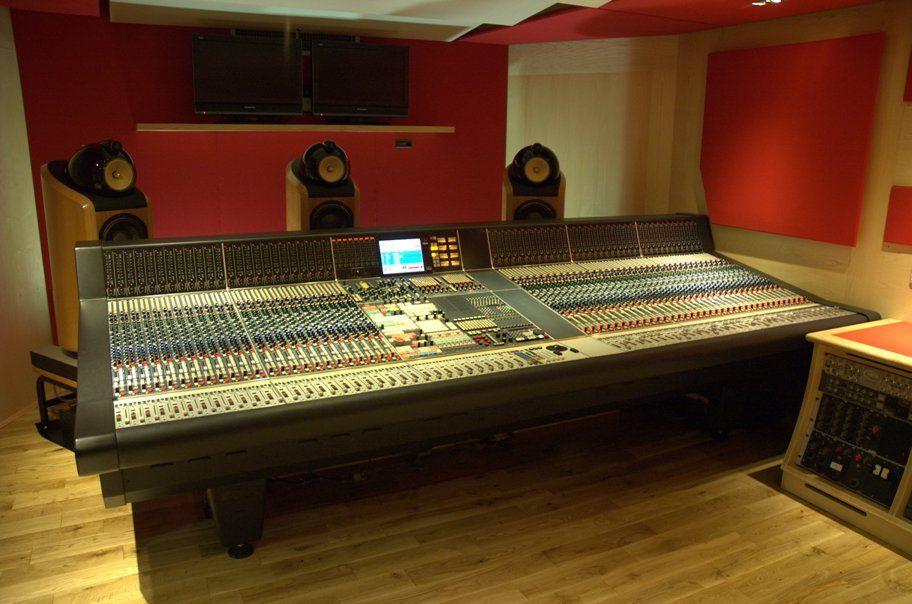 Stupendous Abbey Roads Current Studio 2 Neve Desk Audio Recording Download Free Architecture Designs Scobabritishbridgeorg