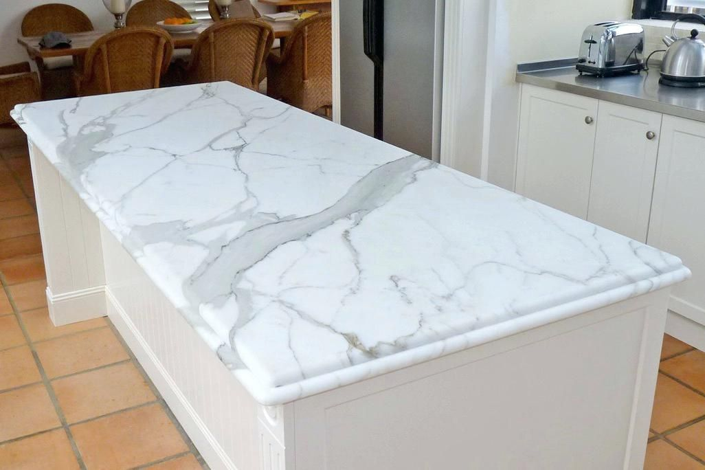 Risultati immagini per piano cucina marmo carrara | Cucine in 2019 ...