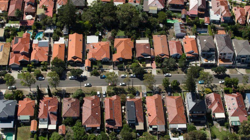 Home borrowers set to receive 100,000 lending boost