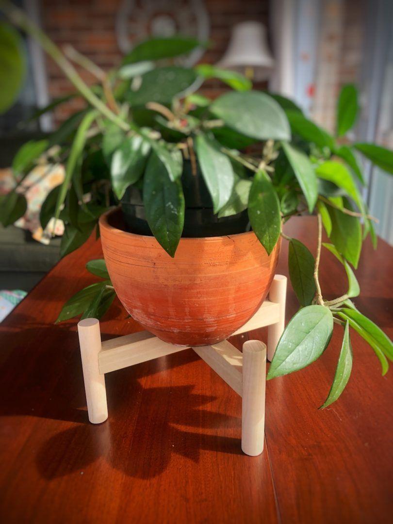 DIY Modern Plant Stand, Indoor oder Outdoor #Diyplantstand Foto der DIY Modern ...#der #diy #diyplantstand #foto #indoor #modern #oder #outdoor #plant #stand