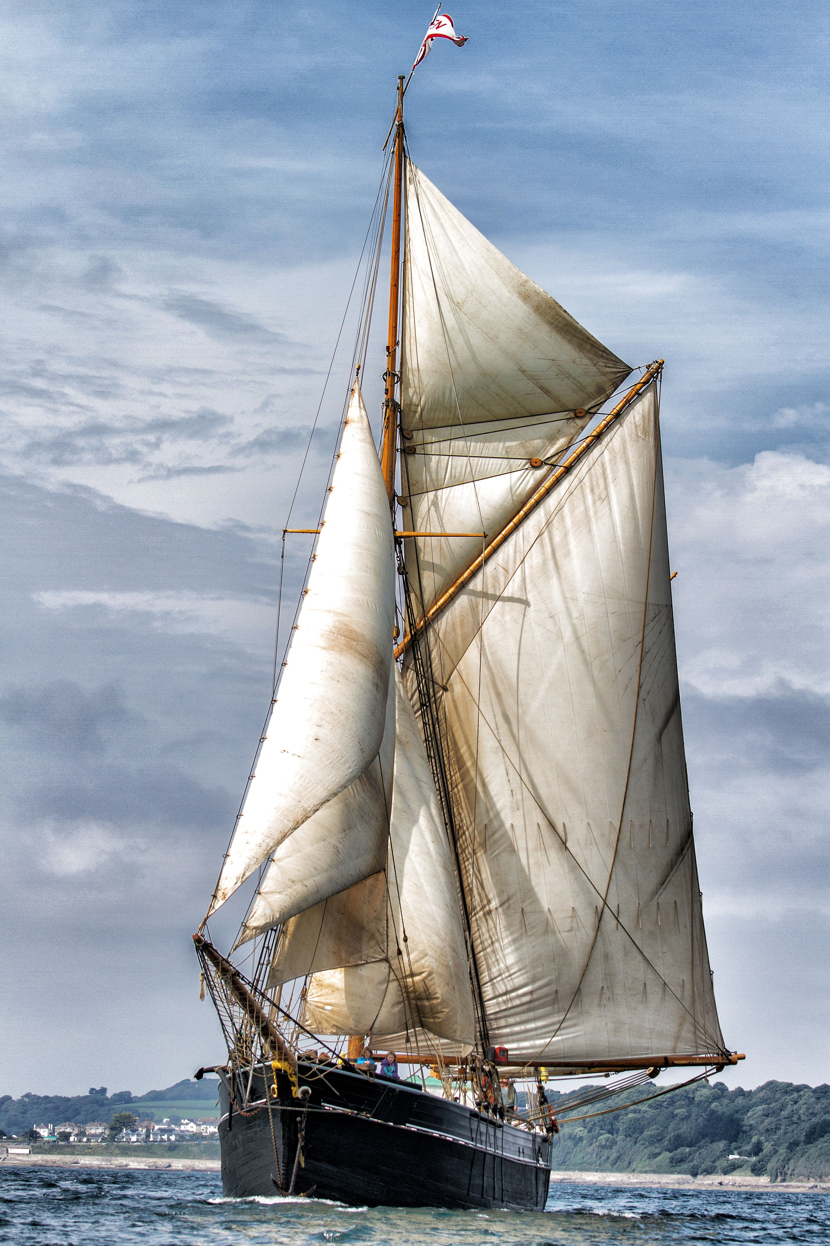 Sailing Ketch Bessie Ellen Velamen Pinterest Boating