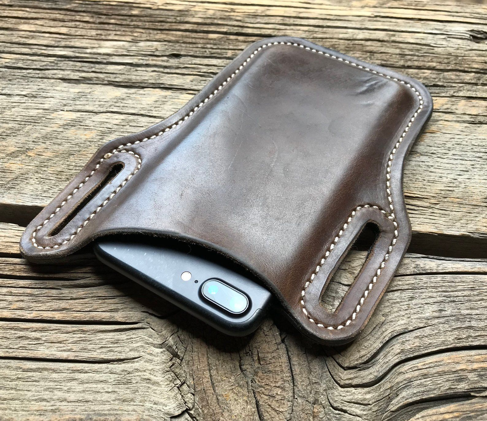 iPhone 8 / 7 / 6s leather holster