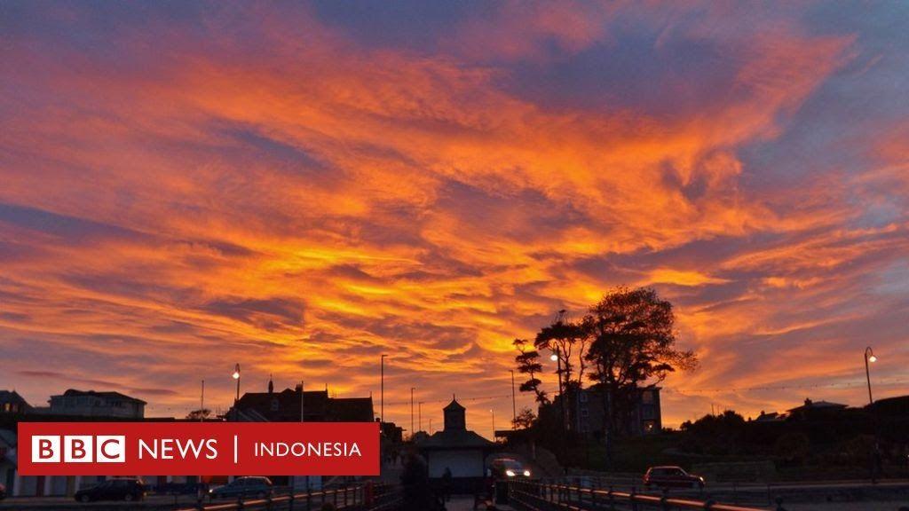 Terbaru 30 Gambar Pemandangan Senja Sore Pemandangan Spektakuler Saat Matahari Terbenam Bagaimana Download Pemandang Di 2020 Pemandangan Matahari Terbenam Gambar