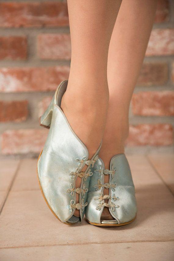 Vintage 1940s Slippers Pretty Seafoam Blue Satin Slip On