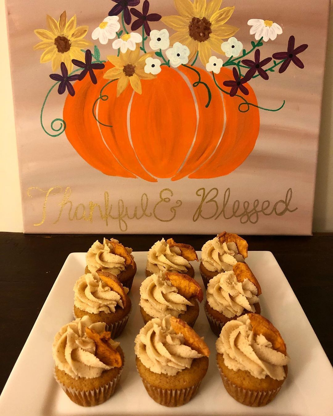 Bringing in the fall flavors with these apple cider cupcakes and brown sugar cinnamon buttercream  Bringing in the fall flavors with these apple cider cupcakes and brown sugar cinnamon buttercream #applecidercupcakeswithbrownsugar