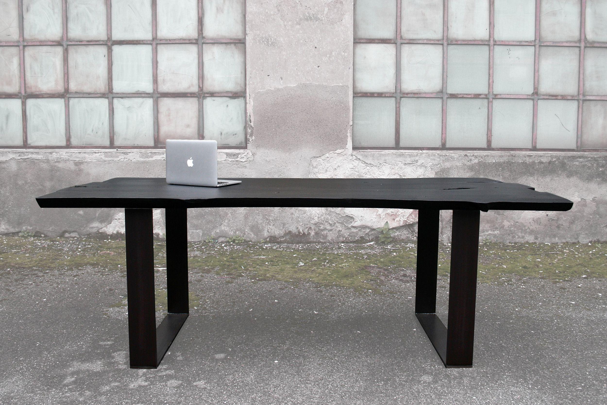 Verniciare Un Tavolo Di Legno tavolo in legno di pero: caratteristiche sono la
