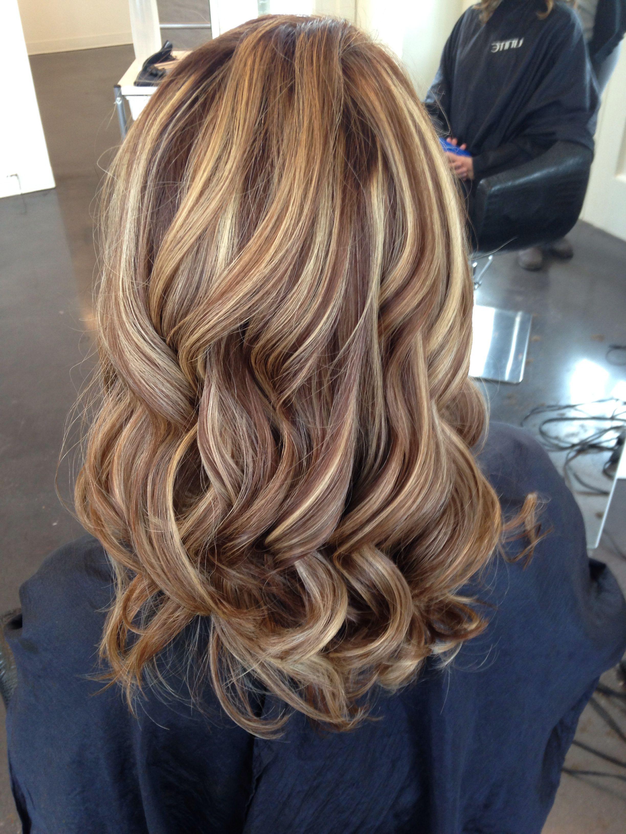 Warm Chocolate Brown Base With Golden Blonde Highlights Hairbysarahballay Highligh Brown Hair With Blonde Highlights Blonde Hair With Highlights Hair Styles