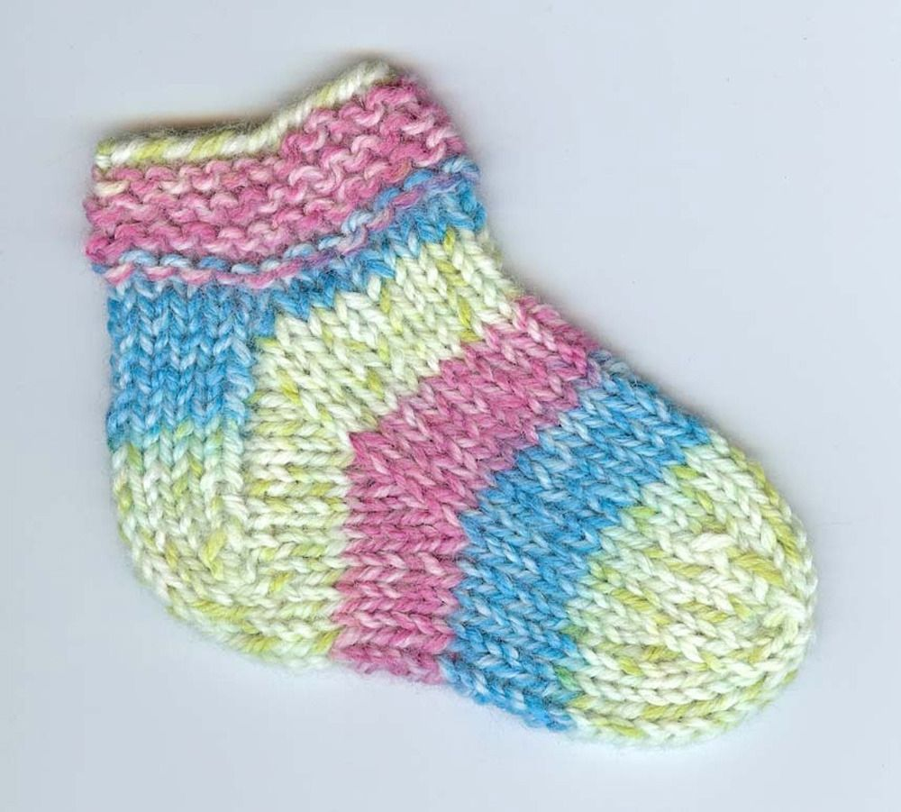 Kids slipper socks in plymouth encore worsted colorspun f228 kids slipper socks in plymouth encore worsted colorspun discover more patterns by plymouth yarn at loveknitting we stock patterns yarn bankloansurffo Gallery