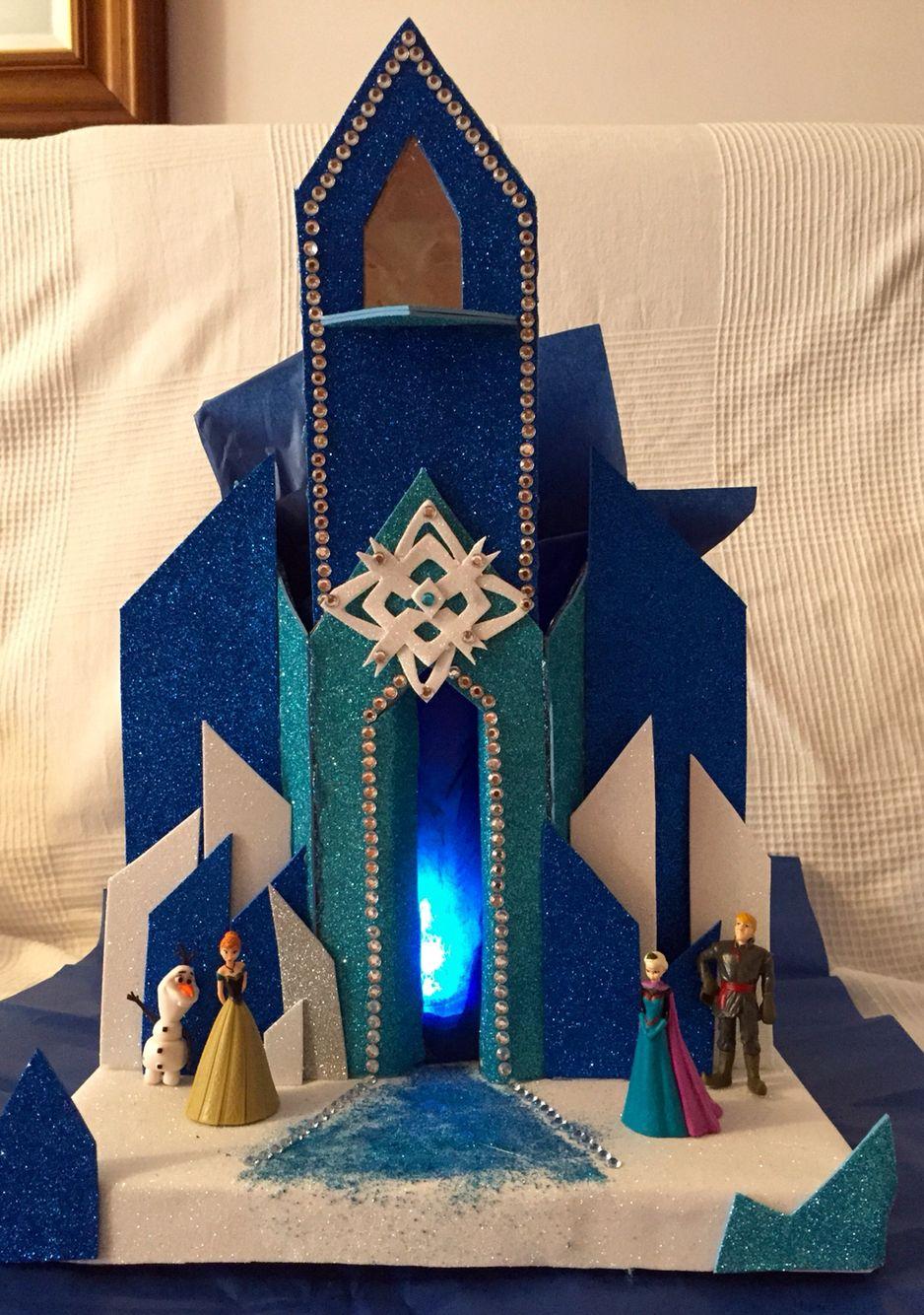 Castillo en goma eva y carton Elsa Frozen  Elsa frozen