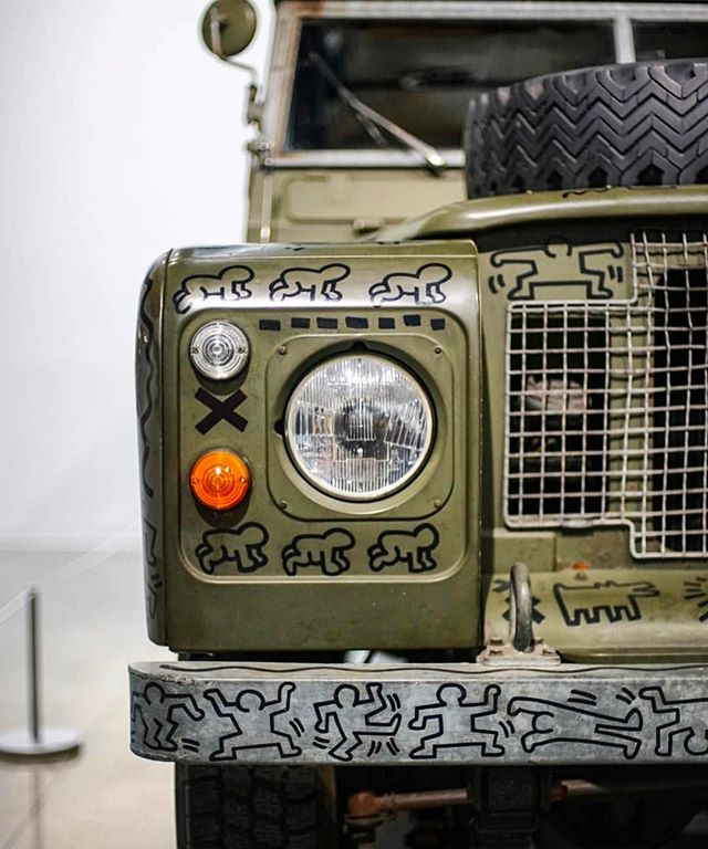 """Keith Haring was doing it right • #Landrover 109"""" #Series III  #DriveTastefully"""