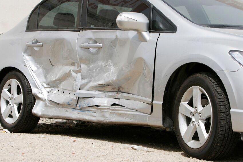 Pin En Damaged Car Repair