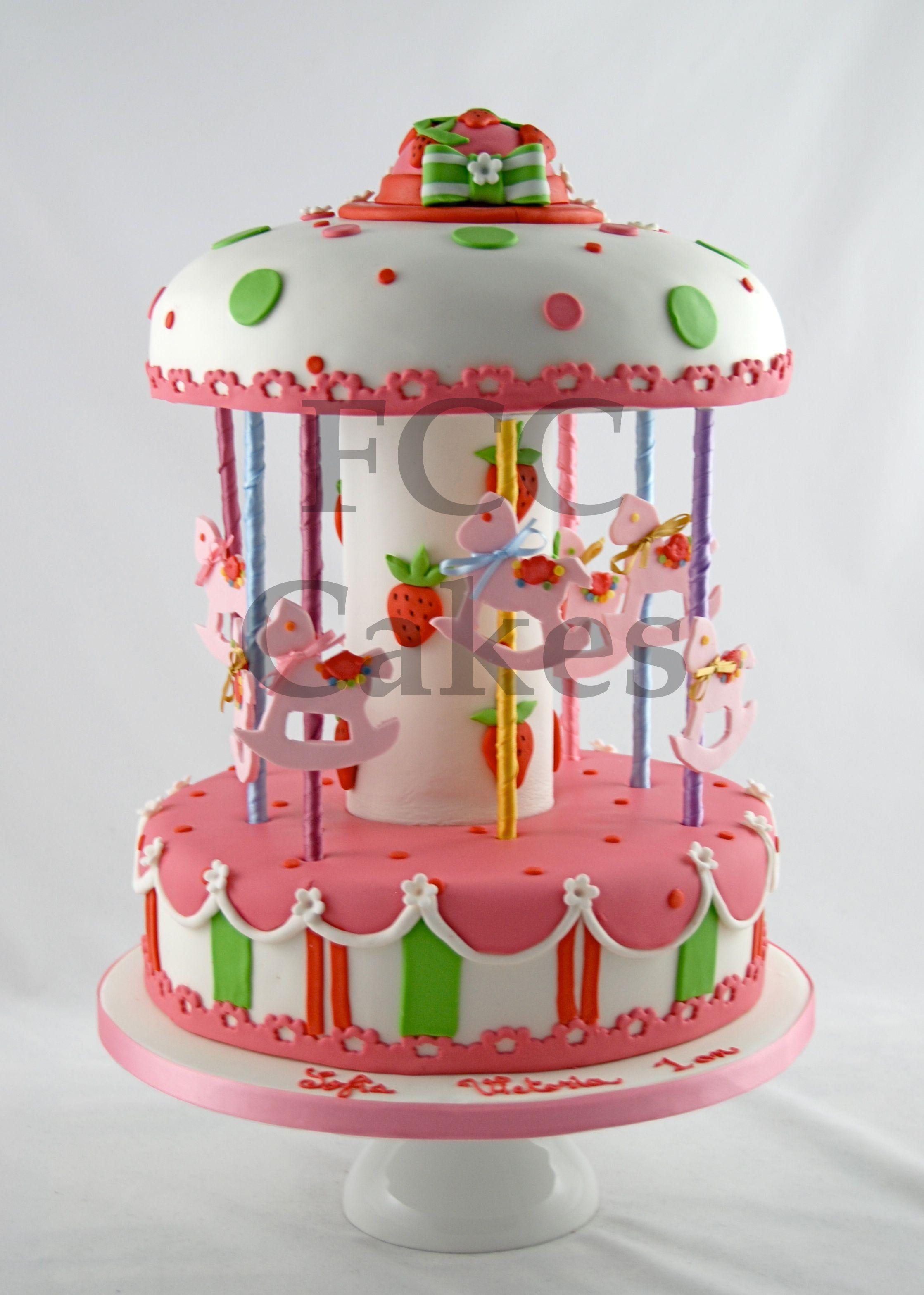 cakes for girls carrousel gateau d 39 anniversaire pour. Black Bedroom Furniture Sets. Home Design Ideas