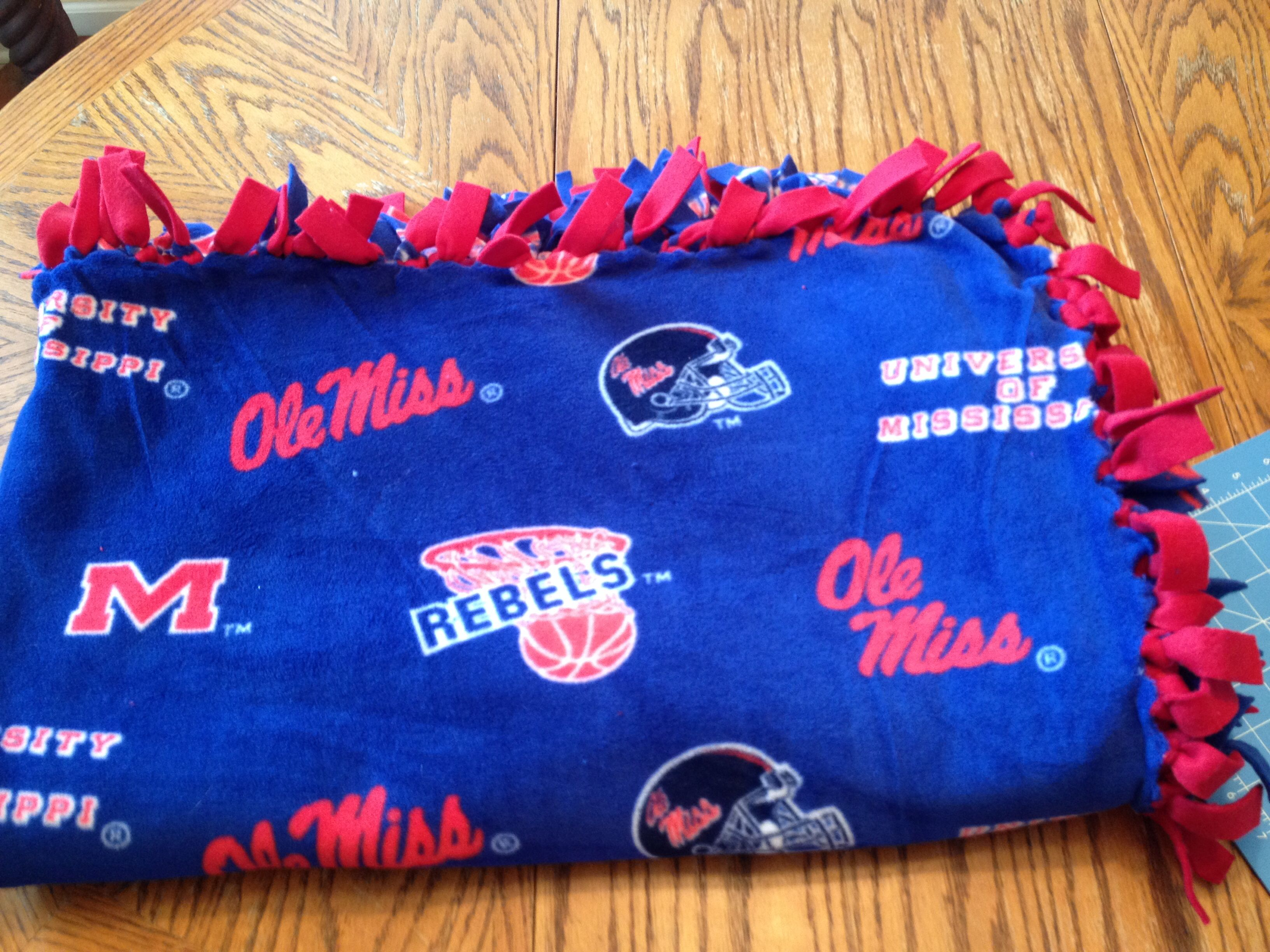 Ole Fleece Throw Blanket With Tied Knotted Edges Easy