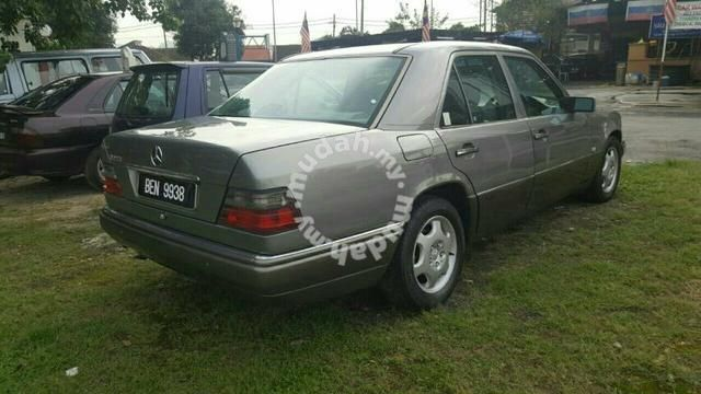 W124 Mercedes Benz E230 2 3 A Cars For Sale In Kepong Kuala