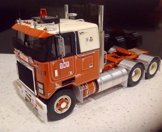 Heavy Truck Models | Car & Truck Scale Models | Plastic