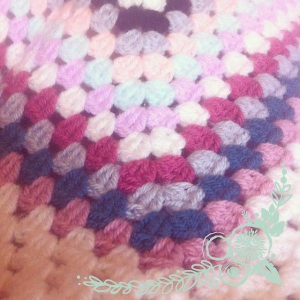 Large granny square crochet from @polly_pet