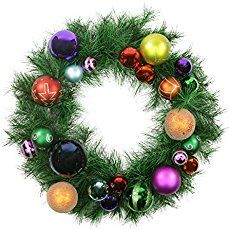 More than 30 tips how to make a wreath using vintage Christmas ornaments like Shiny Brites. Includes step-by-step instructions and tips from Georgia Peachez herself!
