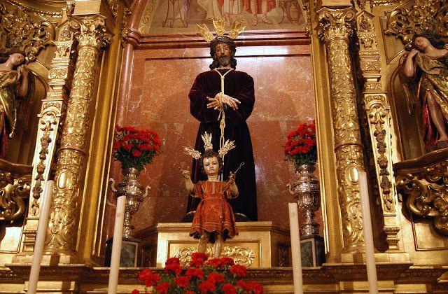 La Leyenda De La Virgen Macarena Y El Reloj Del Hospital De La