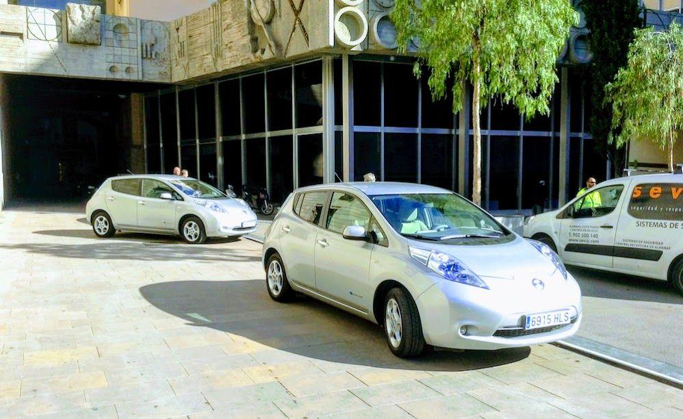 A 2014 Nissan Leaf Can Be An Essentially Free Car Ymmv Nissan Leaf Nissan Free Cars