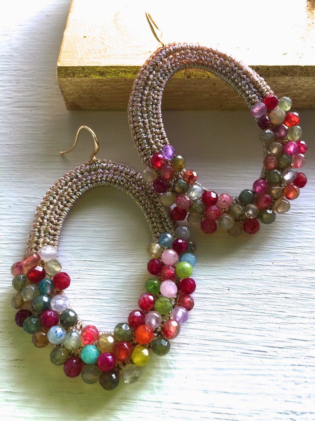 Nuovissimi orecchini in pietre dure multicolori giade for Orecchini con pietre dure fai da te