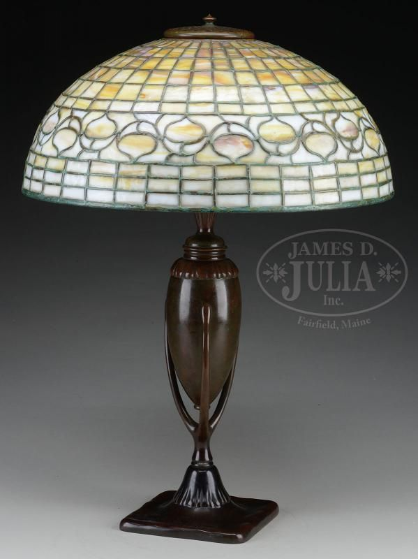Tiffany Studios Table Lamp Has Leaded Gl