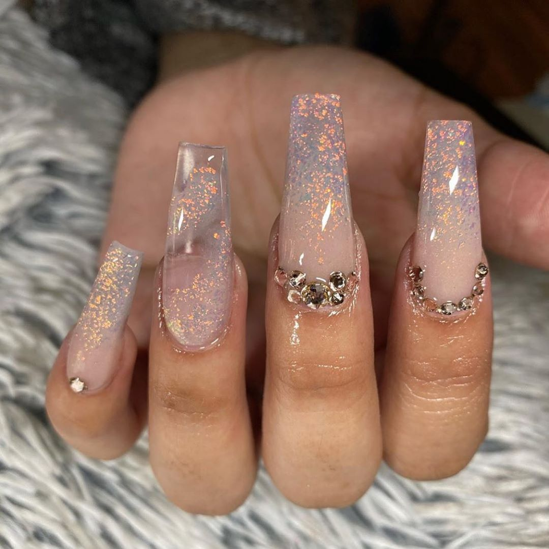 Nail Inspo Shining Claws On Instagram Sylviaesp Nails Tag Shiningclaws For A Repos In 2020 Nail Designs Bling Nails Design With Rhinestones Long Acrylic Nails
