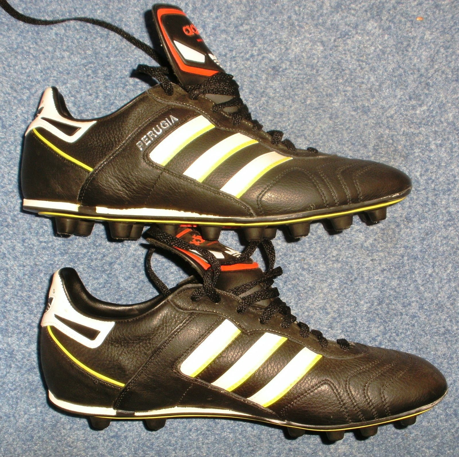 078baa57b1d0 Vintage Sammlerschuhe Adidas Fußballschuhe Perugia FG WM 1990 NEU, Gr. 8,5  = 42 | eBay