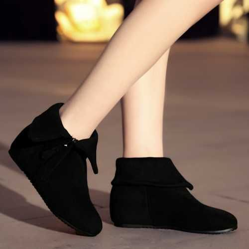 http://www.aliexpress.com/item/Concise-Folding-Ankle-Half-Knee-Boots-Shoes-Big-Size-34-41-Zip-Women-Autumn-Spring-Shoes/32378482423.html?spm=2114.01020208.3.309.6N4edi&ws_ab_test=searchweb201556_9_79_78_77_80,searchweb201644_5,searchweb201560_9