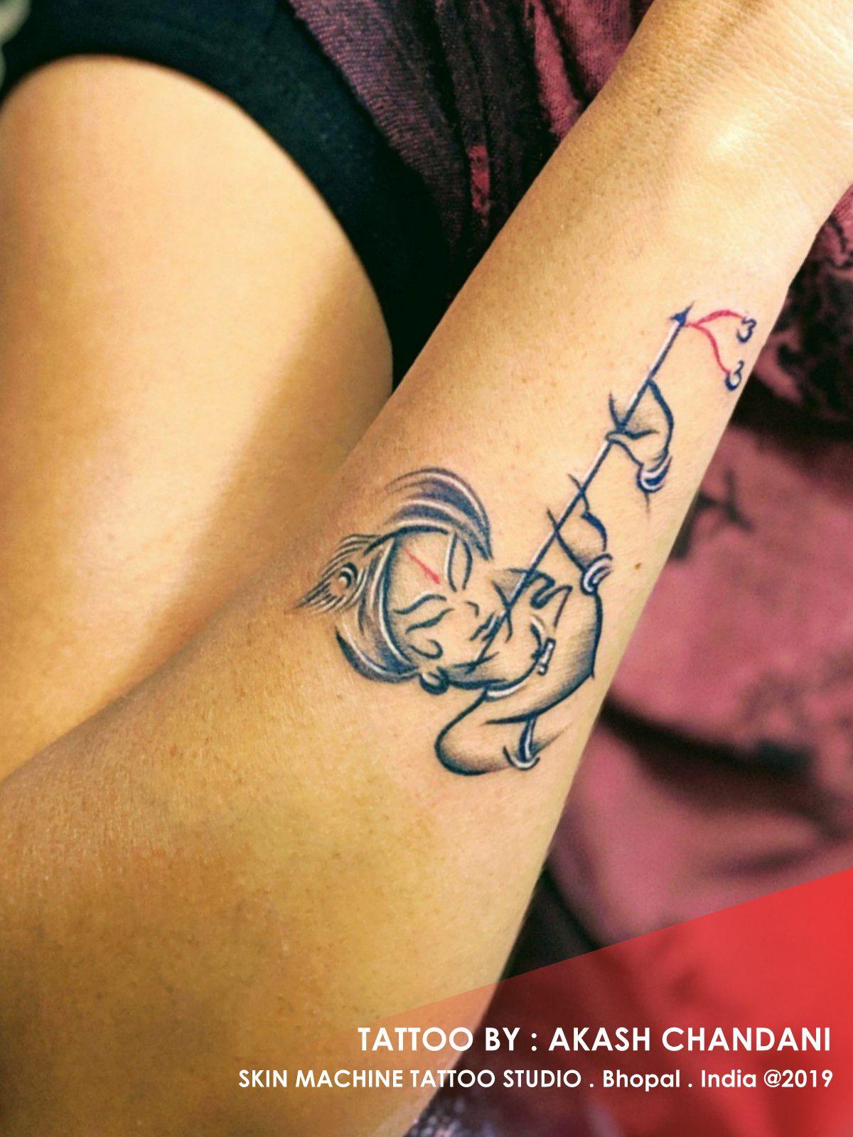Lord Krishna Tattoo By Akash Chandani Skin Machine Tattoo Studio Skinmachinetattoo Email For Appointments Skin Krishna Tattoo Hindu Tattoos Tattoo Designs