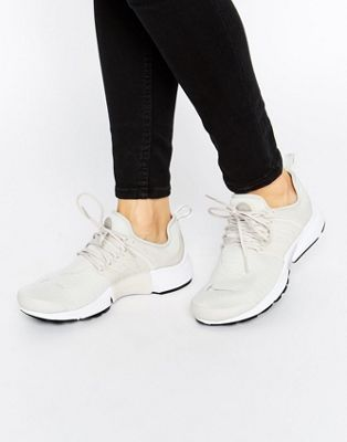 sports shoes 1ef6a edf1d Nike Air Presto Trainers In Light Bone