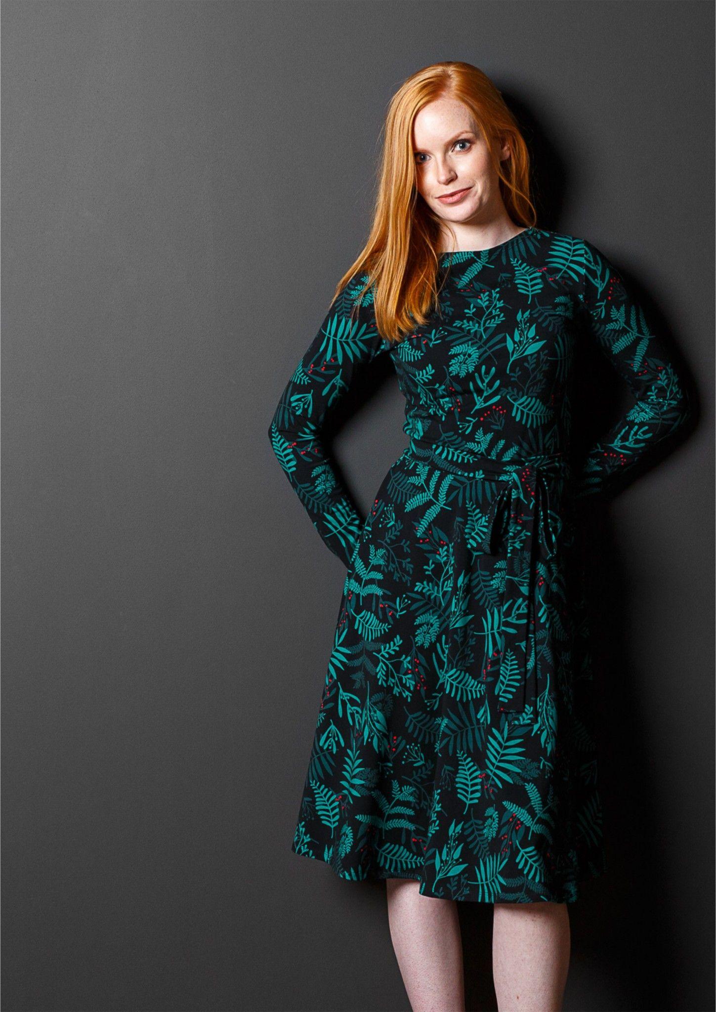 5c2f4c7fd32967 FLORA zimowy ogród | rozkloszowana sukienka - Sukienki, spodnie damskie na  codzień | Zygzak.net