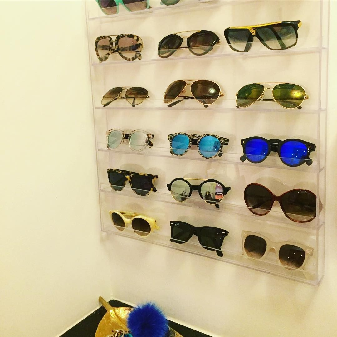 4f497731146c We ve gathered the best tips on how to pare down and organize your closet