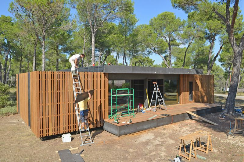 Low Cost And Recyclable Pop Up House By Multipod Studio France Http
