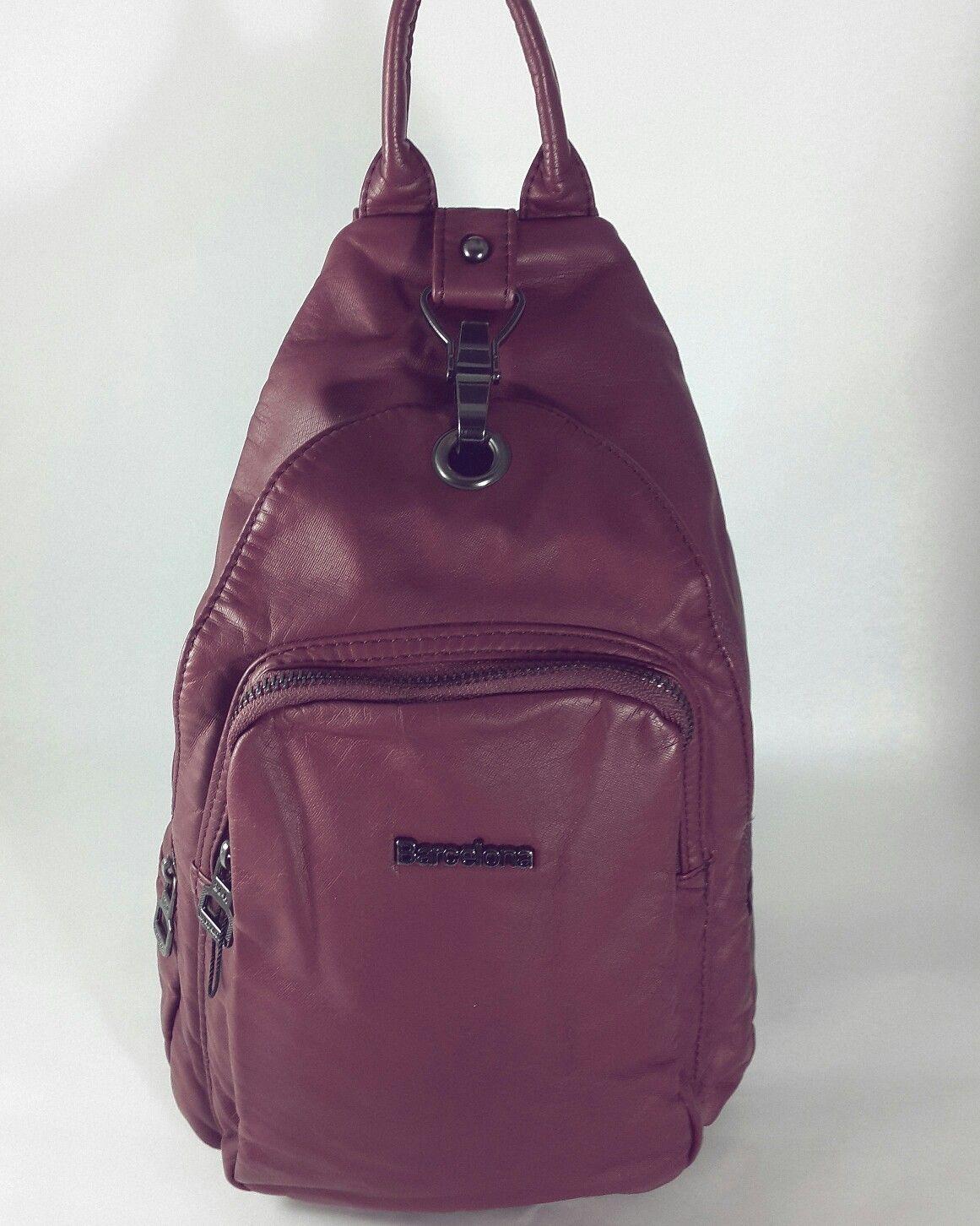 8b08ee88c5bfe Yıkanmış deri Küçük boy bordo renk sırt çantası Yeni Kundura'da.  #sirtcantasi #dericanta #bordo