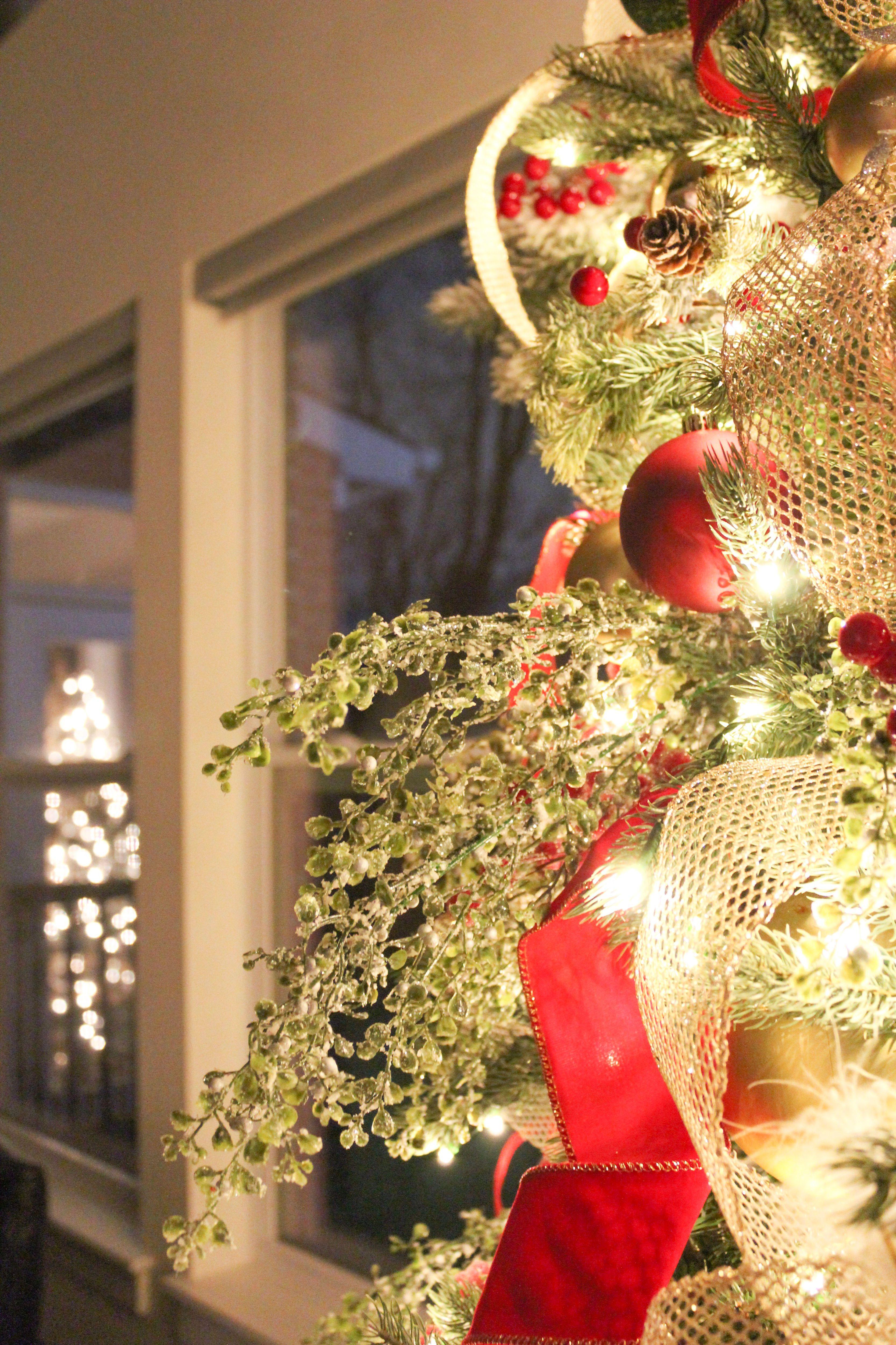 Merry Christmas Eve To All To All A Good Night Christmas Staircase Decor Diy Holiday Decor Christmas Staircase