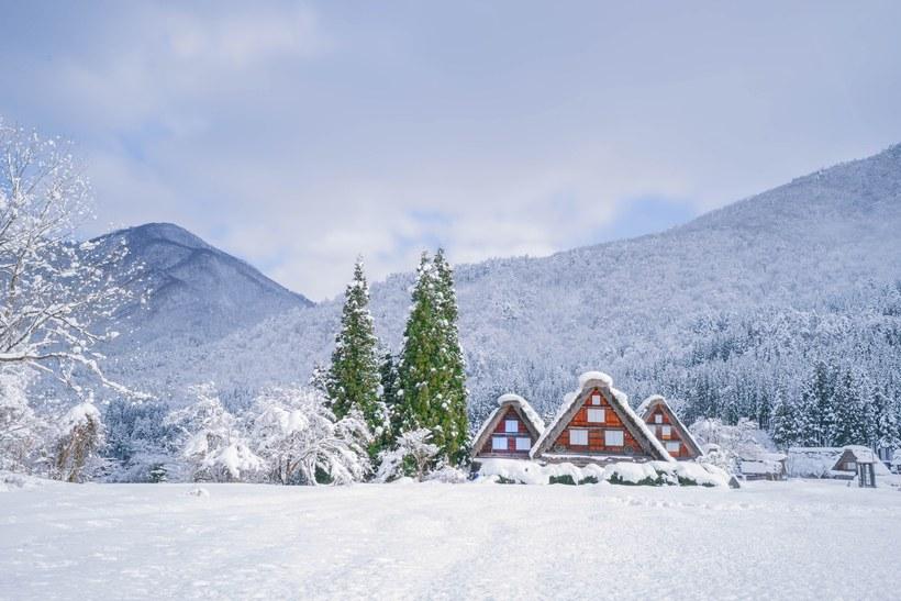 35 Winter Wonderlands Around the World | Winter wonderland ...