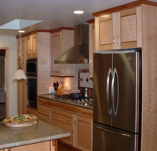 birdseye maple kitchen cabinets | Curly Maple Kitchen ...