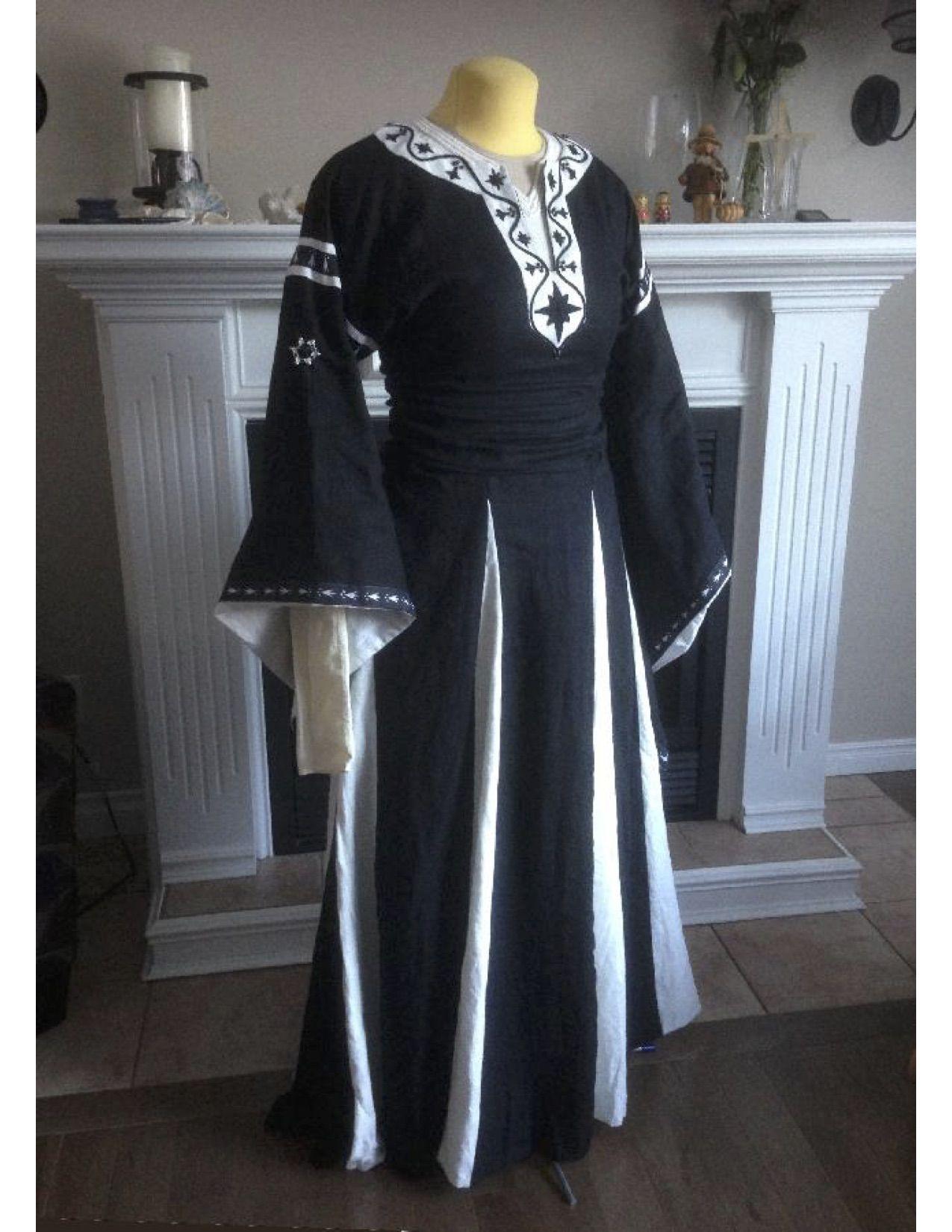 Pin von Sarah Perelli auf SCA LINEN DRESSES | Pinterest | Drachenfest