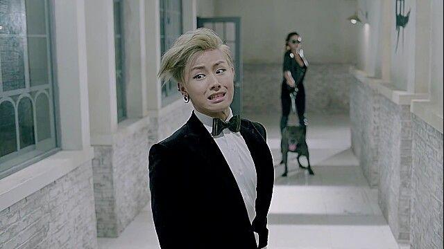 Block B Ukwon dog face!