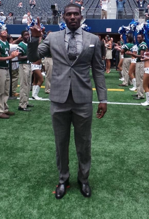 Dez Bryant 88 Suited Up For Dallascowboys Opening Day