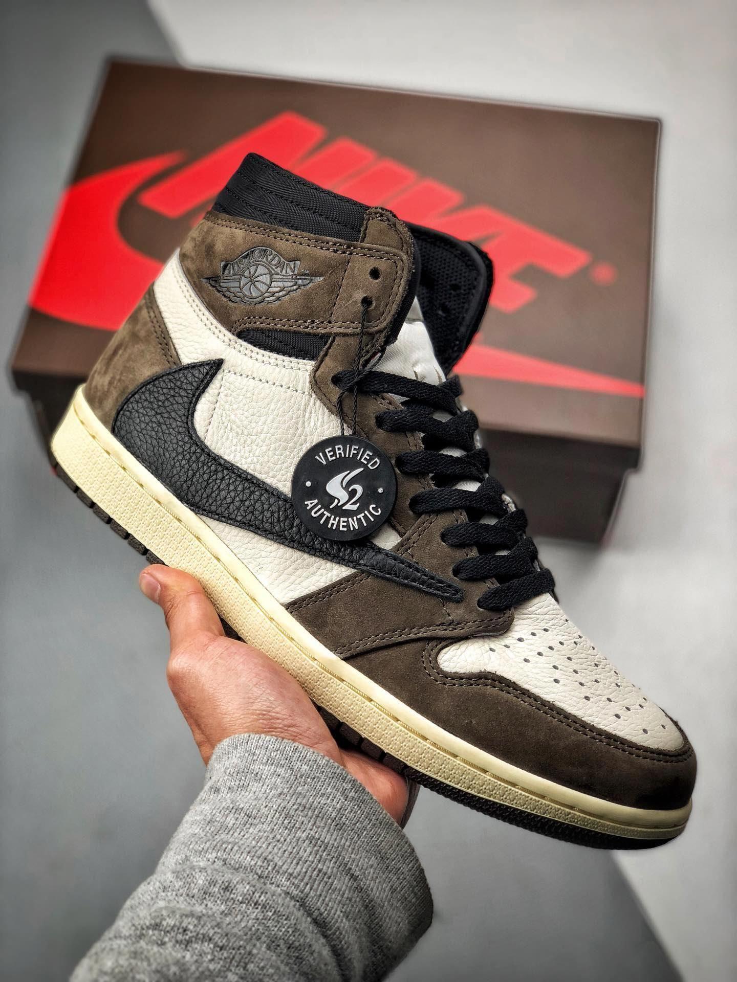Travis Scott x NIKE Air Jordan 1 AJ1