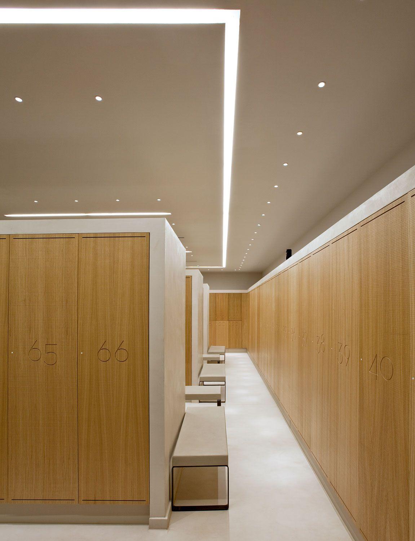 Hospital Corridor Lighting Design: Continuous Light Lines