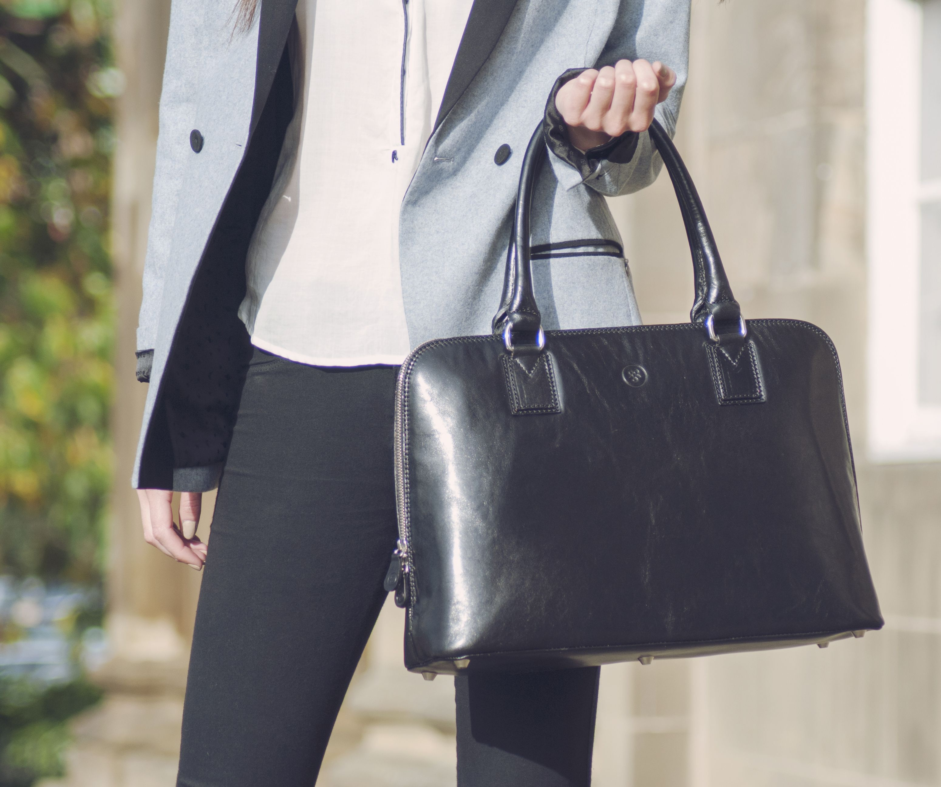 b3ac0ac327d40 Ladies leather laptop handbag by Maxwell Scott Bags.i want
