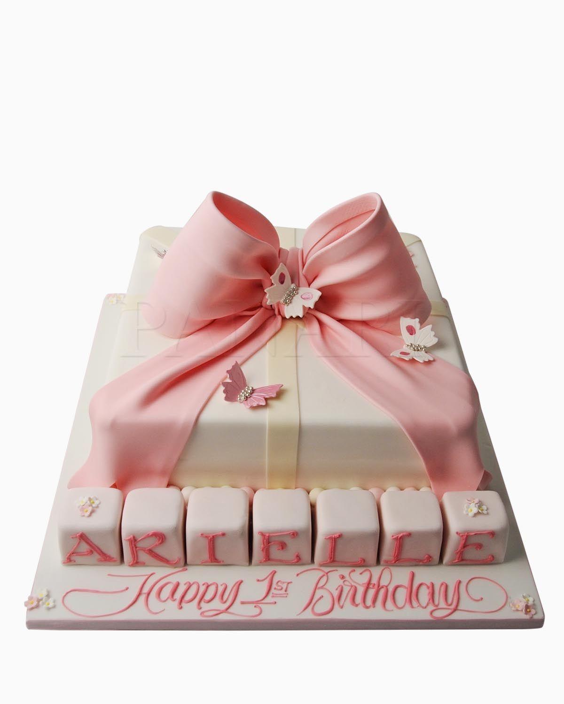 Pink Bow Cake | African Wedding Cakes | Pinterest | African wedding ...