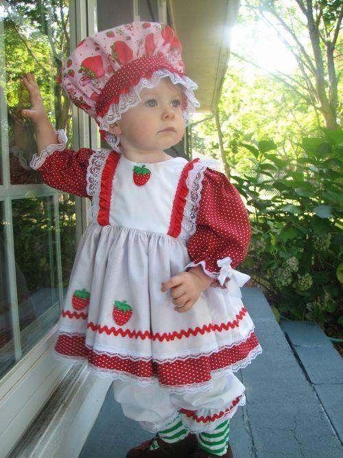 Strawberry shortcake costume, so cute!