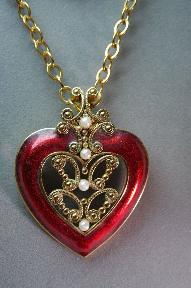 Avon Vintage Big Bold Red Enamel Pearl Heart Necklace