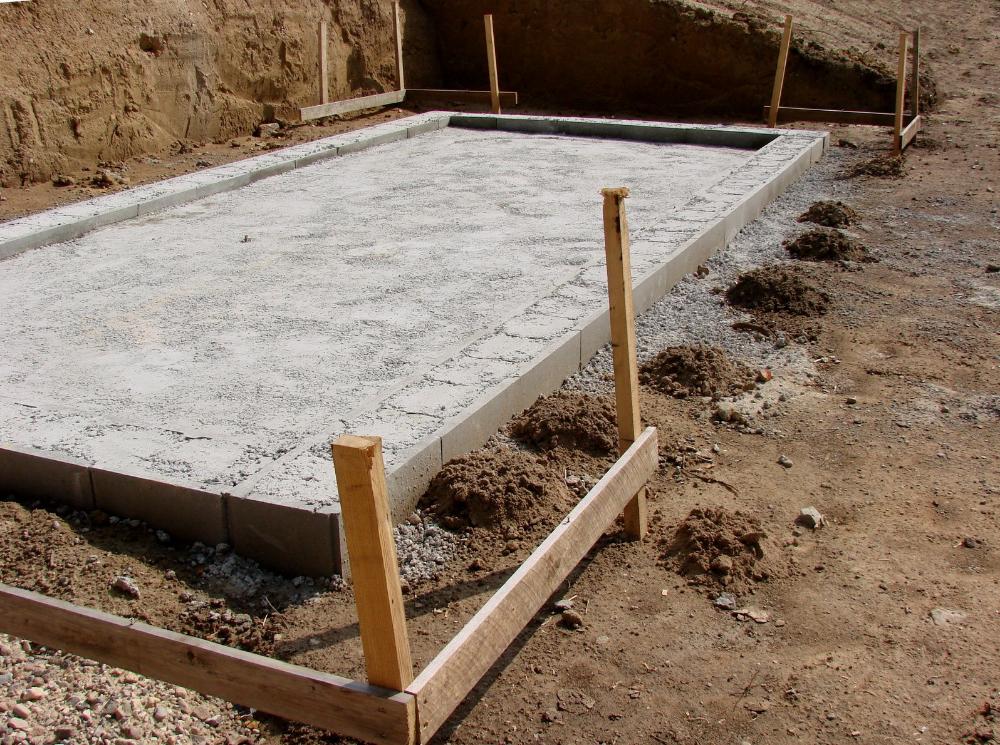 Fondation Pour Un Garage En Parpaings Abri De Jardin Abri Jardin Toit Plat Jardin En Beton