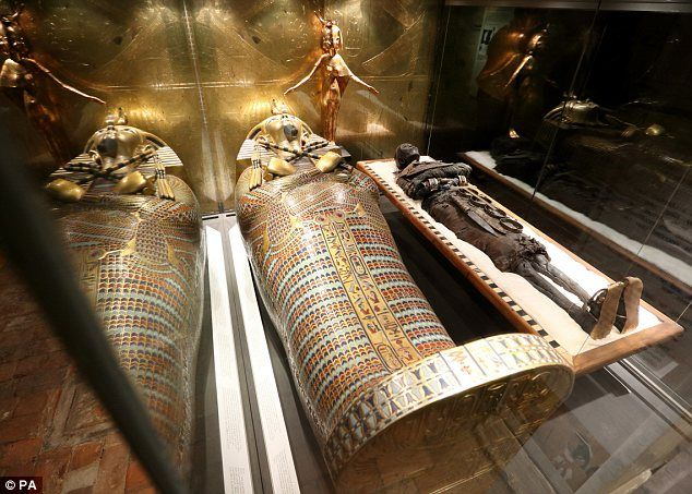 King Tut Tomb Discovery: Tutankhamun Comes To Downton: Stately Home Where Hit Drama